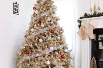 Gold Christmas Trees Are Here To Give Your Holidays The Ol' Razzle Dazzle