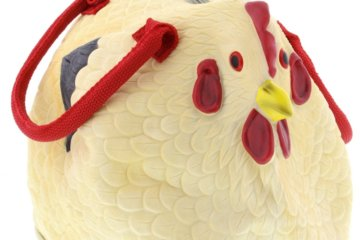 This Rubber Chicken Purse Will Exceed All Of Your Fashion Egg-spectations