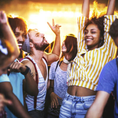 This Company Wants To Pay You $50 An Hour To Party Alcohol-Free