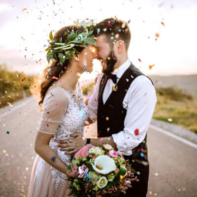 12 Ways To Have A Stunning Wedding On A Budget