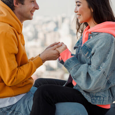 8 Things To Consider Before Deciding To Get Engaged