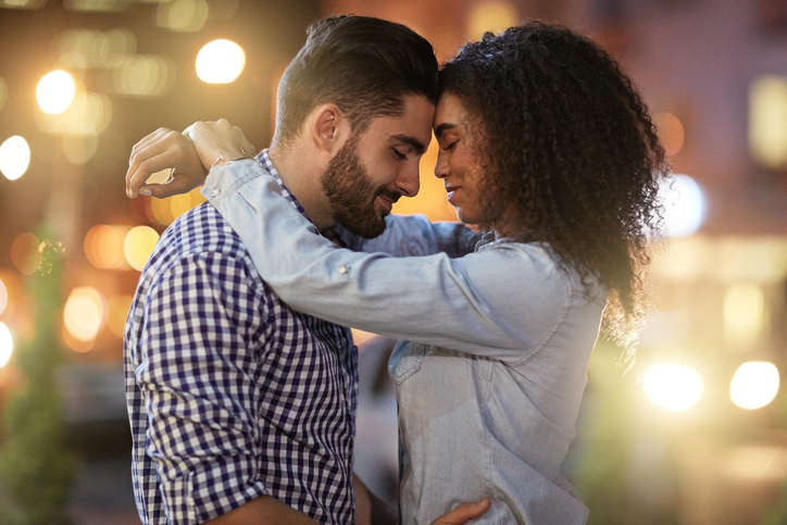 """Is """"Letting Yourself Go"""" Really A Deal Breaker in A Long-Term Relationship? 9 Men And Women Speak Out"""