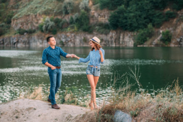 10 Signs You Put Your Partners On A Pedestal