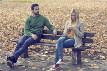 10 Signs He's Lost Interest But Doesn't Know How To Tell You