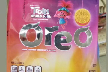 Oreo Has Released A Trolls Cookie Complete With Glittery Pink Creme