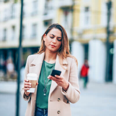 I Broke Up With A Guy Via Text — Here's How I Made It Work