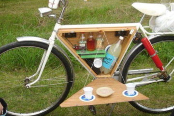 """You Can Build A """"Booze Box"""" For Your Bike To Take The Party With You Wherever You Go"""