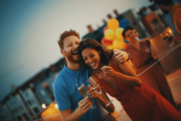 11 Amazing Date Ideas You Need To Try