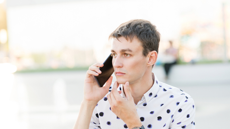 How To Tell If A Guy Is Actually Listening To You, According To A Guy