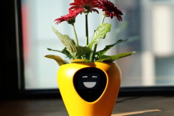 This Smart Planter Helps You Keep Your Plants Alive By Telling You What They Need