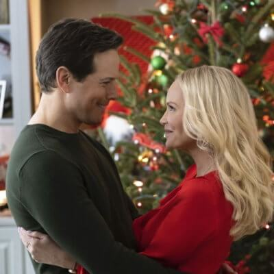 """Hallmark Is Airing A Christmas In July Movie Marathon To """"Bring The Yuletide Poolside"""""""