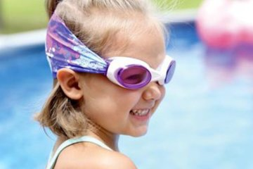 Finally, Swimming Goggles Exist That Won't Rip Your Hair Out