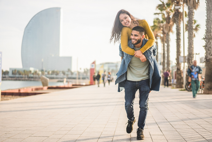 How To Make A Guy Want to Commit, According To A Guy