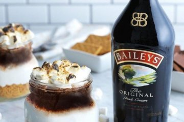 Baileys S'Mores Jars Are The Boozy Dessert You Need In Your Life ASAP