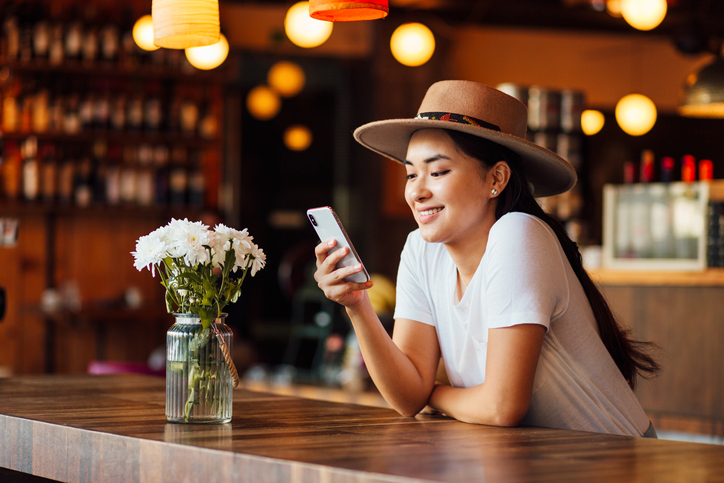 12 Things You Should Never Talk About With Your Partner Via Text