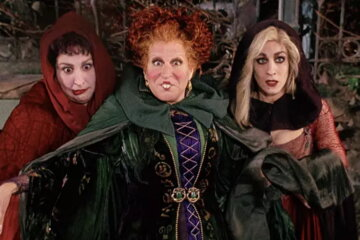Bette Midler Teases 'Hocus Pocus' Reunion In New Instagram Photo