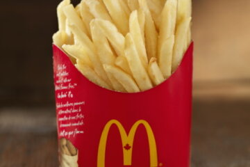 Former McDonald's Worker Reveals The Secret To Getting Fresh Fries Every Time
