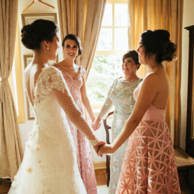 Being A Maid Of Honor In Two Different Weddings Made Me Cynical Of Modern Marriages