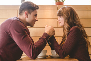 10 Ways A Guy Should Fight For You And Your Relationship