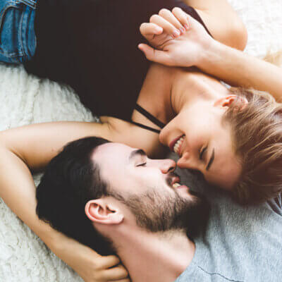 9 Differences Between Real Love And Fake Love
