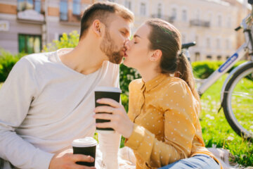 Here's The Key To Making A Friends With Benefits Relationship Work