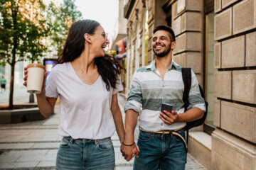 Why Extroverts Make The Best Partners