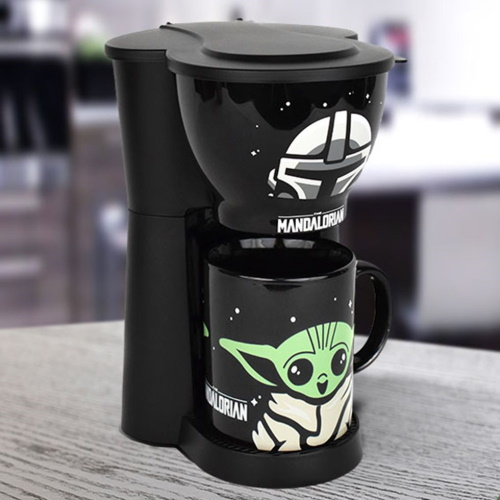 This 'Star Wars: The Mandalorian' Coffee Maker Comes Complete With Baby Yoda Mug