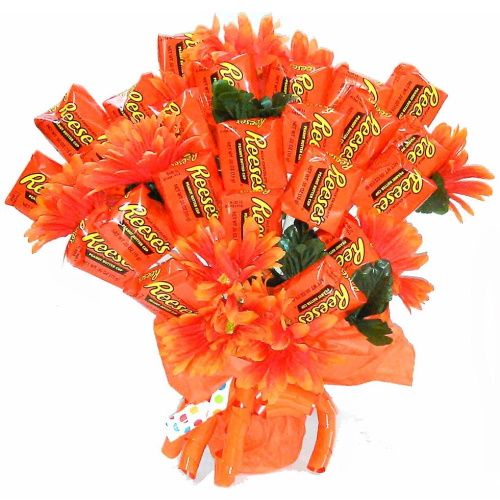 This Giant Reese's Bouquet Makes A Way Better Valentine's Day Gift Than Flowers