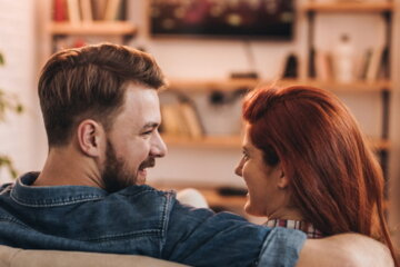 Man Demands That Wife Poops Before He Gets Home From Work So That Their Evenings Are 'Uninterrupted'