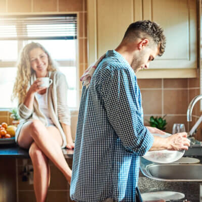 Guys, Here Are 9 Unconventionally Romantic Things To Do For Your Girlfriend