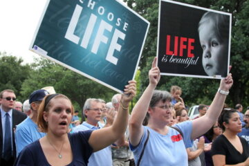Republican Lawmaker In Texas Introduces Bill To Use Death Penalty As Punishment For Abortion