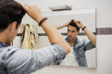 Am I Dating A Narcissist? 9 Signs His Ego Is Out Of Control