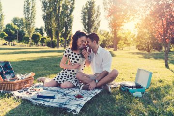 10 Questions To Ask Yourself To Determine Whether You're Experiencing Love Or Lust