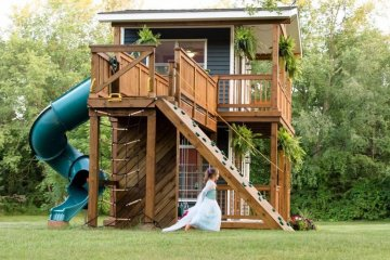 Dad Builds Daughters Insane Backyard Playhouse With Its Own Balcony And Front Porch