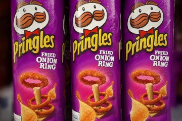 Pringles' Fried Onion Ring Flavor Put One Of Your Favorite Junk Foods In Chip Form