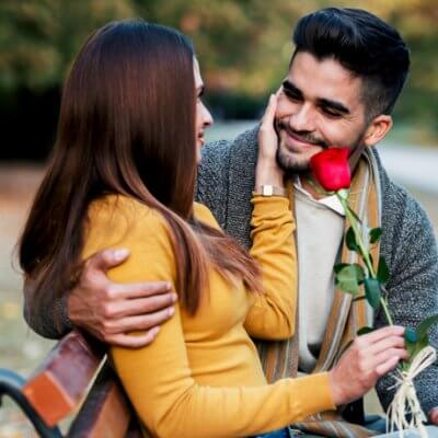 A Guy Shares 9 Signs He Loves You But Is Afraid Of Getting Hurt