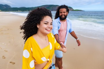 """What A """"Twin Flame"""" Is And How To Tell If He's Yours"""