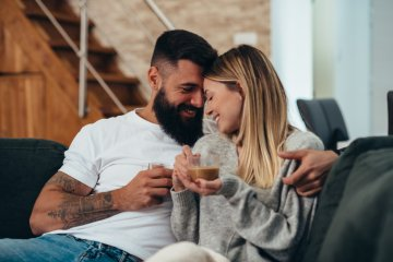 How Do You Know When You Love Someone? 10 Tale Tell Signs
