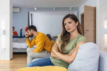 9 Signs Of Insecurity That Turn Men Off