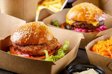 Fast Food Employees Arrested For Not Giving Police Free Burgers