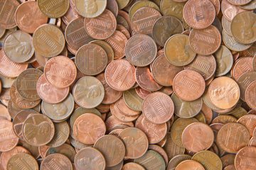 Petty Father Makes Final Child Support Payment With 80,000 Pennies Dumped On Family Driveway