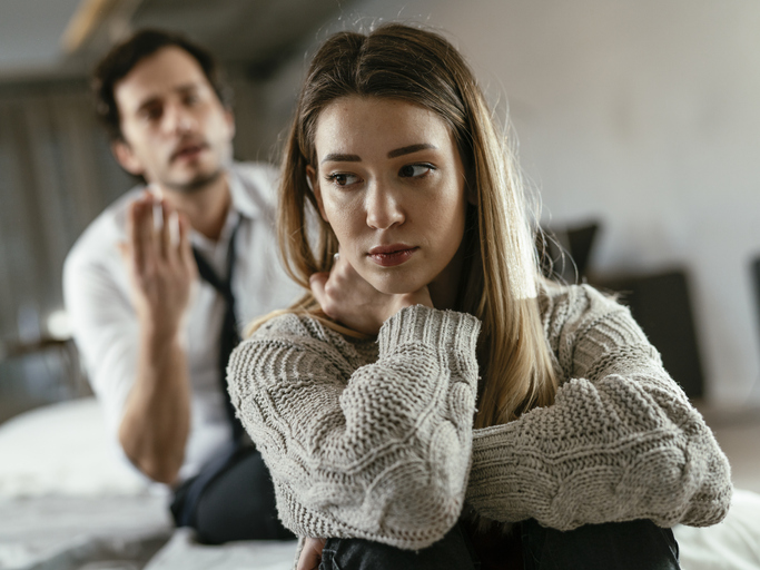 11 Signs Your Boyfriend Thinks He Owns You And What You Can Do About It