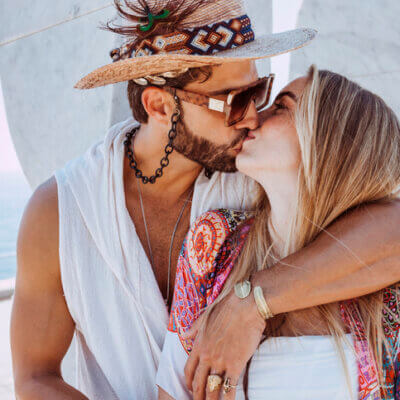 7  Little Things About Kissing You Didn't Know