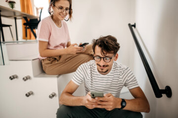 What To Do When Your Boyfriend Compliments Other Women On Social Media