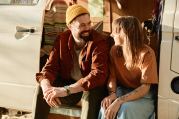 10 Most Common Lies People Tell Early in Relationships