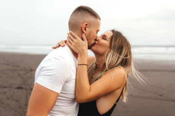 11 Ways Being In Love Blinds You To Important Truths