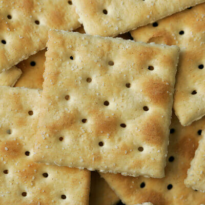 Buttered Saltine Crackers Are The Latest Snack Trend Taking Over The Internet And I'm Not Mad About It