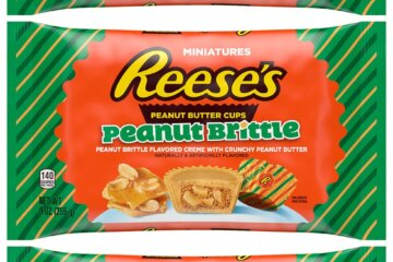 New Reese's Peanut Brittle Cups Are The Brand's First (And Tastiest) Holiday Flavor Ever