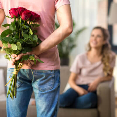 How To Spot And Stop Love-Bombing In 10 Easy Steps